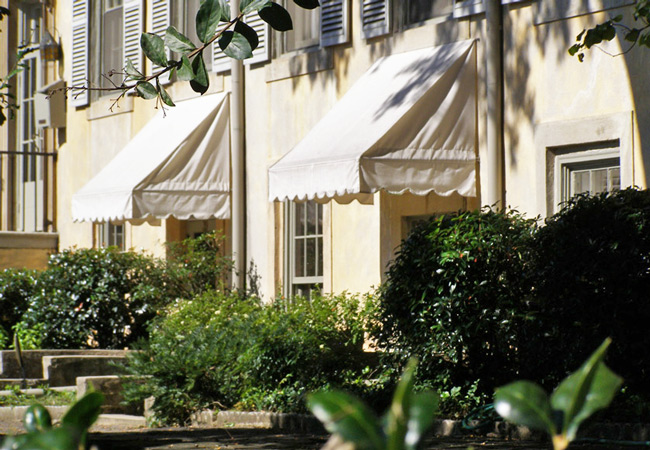 Villa-Exteriors-Side-Awnings